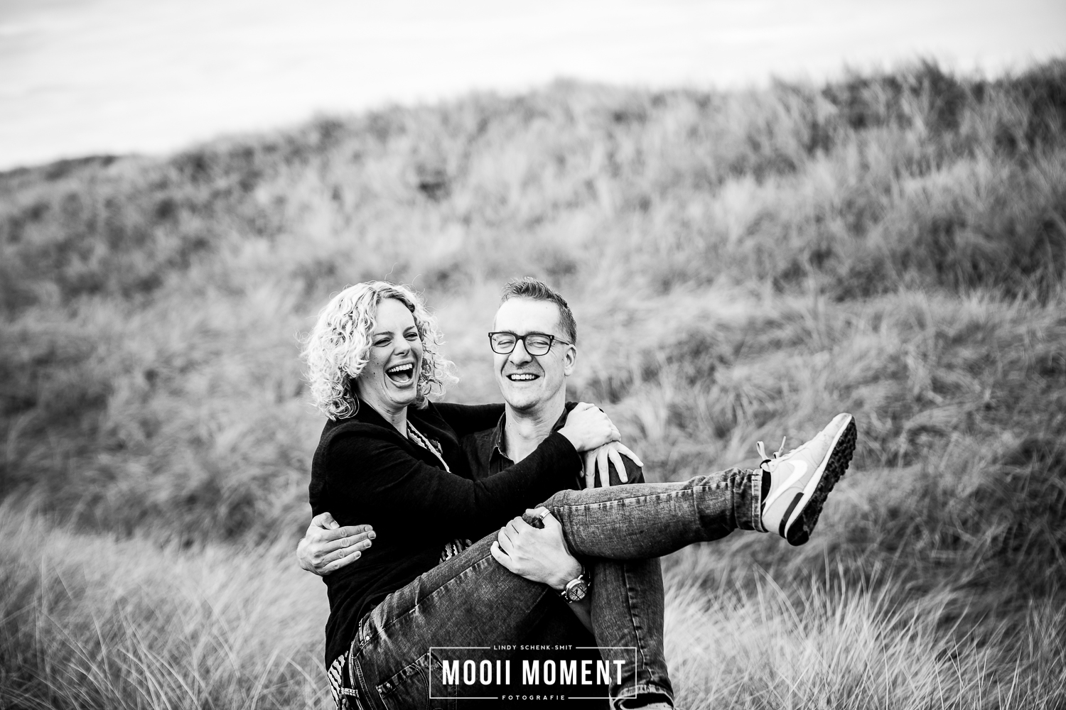 Loveshoot in de duinen van Hargen