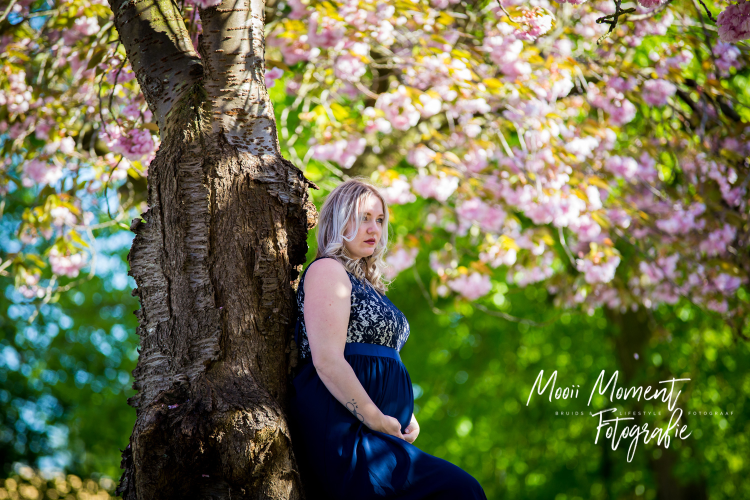 Maternity Shoot in de bloesems